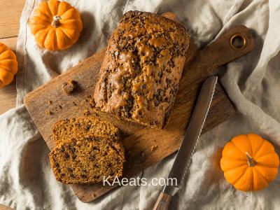 PUMPKIN CHOCOLATE CHIP BREAD Fall Dessert